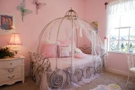 chambre princesse décoration d une chambre de princesse archzine fr