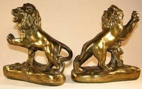 lion bookends lion bookends by armor bronze 1083