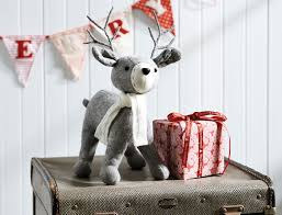 traditional knitted reindeer