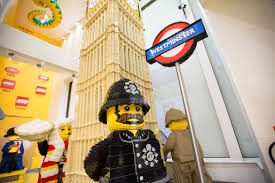 Home Design Stores London Ontario by London Welcomes World U0027s Largest Lego Store Cnet