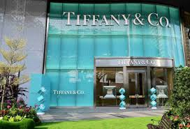 tiffany u0026 co inaugurates its stunning duplex at ion orchard with
