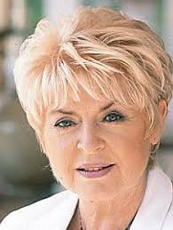 haircot wikapedi gloria hunniford hairstyles pinterest