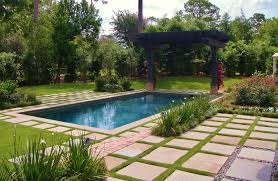 backyard design modern swimming pool with arbor landscaping