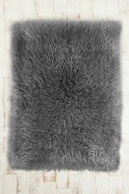 Fluffy Bathroom Rugs 14 Appealing Fluffy Bath Rugs For Inspiration Direct Divide