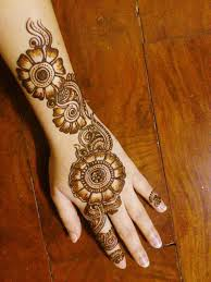 15 awesome back mehndi designs with pictures