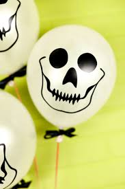 halloween baloons easy skull balloons using the cricut or other cutting machine