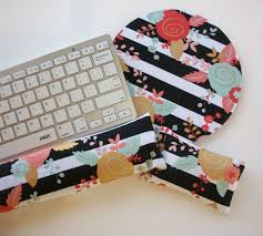 Matching Desk Accessories 790 Best Matching Wrist Rest Images On Pinterest College Student