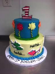dr seuss birthday cake dr seuss birthday cake superb dr seuss 1st birthday cake portrait