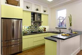 Easy Kitchen Decorating Ideas  Simple Small Kitchen - Simple kitchen interior