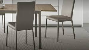 sedie calligaris chaise avec dossier haut semipelle garda connubia par calligaris