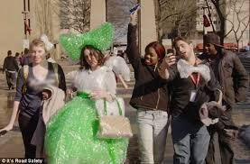Bubble Wrap Halloween Costume Philadelphia Tells Residents Wear Bubble Wrap Phone