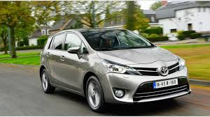 toyota corolla verso review toyota verso 1 6 d 4d excel 2014 review by car magazine