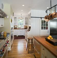stylish farmhouse kitchen island ideas with solid wood backless