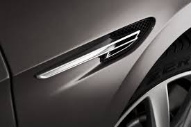 bentley silver wings flying spur wing vent with bentley u201cb u201d motif eurocar news
