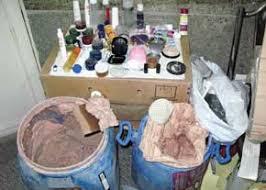 وزارت بهداشت: انواع مواد سمی و سرطانزا در لوازم آرایشی تقلبی وجود دارد
