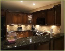 Amazing Granite Backsplash Ideas Contemporary Home Decorating - Kitchen granite and backsplash ideas