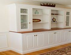 custom dining room built in would be beautiful along the back