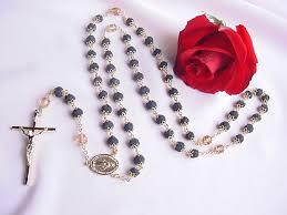 petal rosary