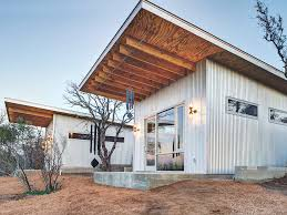 bestie row texans u0027 tiny house compound goes viral people com