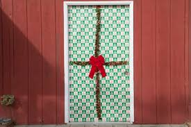 door wrapping paper how to gift wrap an outside door with pictures ehow