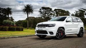 murdered jeep grand cherokee jeep grand cherokee srt new 2018 jeep grand cherokee srt youtube