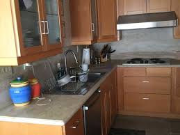 what color quartz goes with maple cabinets what color countertop and backsplash on maple cabinets