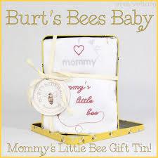 Burt S Bees Baby Wash by Burt U0027s Bees Baby Mommy U0027s Little Bee Gift Tin Review Viva Veltoro