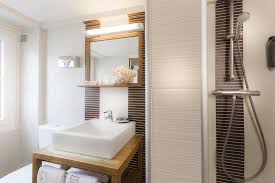 Bathtub 3 Persons Hotel Arc Hôtel Jeanne D Arc Le Marais Booking Com