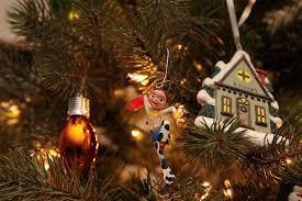 a of hallmark ornaments momstart