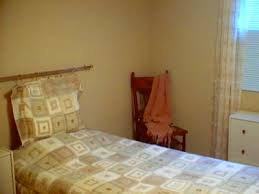 Warm Neutral Bedroom Colors - warm neutral color brightened up my bedroom