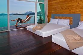 khao sok lake superior floating bungalows