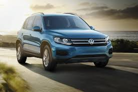 volkswagen tiguan 2017 price 2017 volkswagen tiguan lives on as value priced limited news