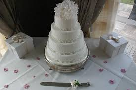 wedding cake nottingham quilted wedding cake bespoke nottinghamshire london