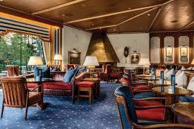 half moon lounge best hotel bar