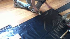 Putting Down Laminate Flooring How To Install Pergo Laminate Flooring On Concrete Subfloor Youtube