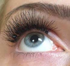 Do Eyelash Extensions Ruin Your Natural Eyelashes Belleza Natural Eyelash Extensions Ibiza Eyelash Extensions