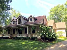house with a wrap around porch property 1281346 is no longer on the market
