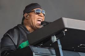 Was Steve Wonder Born Blind Stevie Wonder Concert Concludes F1 Race Weekend With Music
