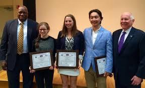 Team Westport      Essay Contest Winners Town of Westport  CT