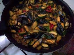 cuisiner moule recette de moules aux legumes et riz