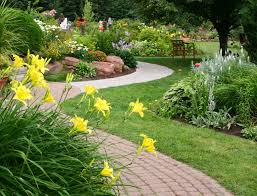 How To Design A Flower Bed Amazing Of Extraordinary Gardening And Landscaping Small