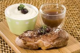 une mousseline en cuisine recette de pavé d agneau mousseline de céleri à l ail jus