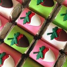 White Chocolate Covered Strawberry Box Pink Ribbon Chocolate Nuggets Pretty In Pink Pinterest Pink