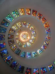 gabriel loire diseño en espiral en la chapel of thanksgiving