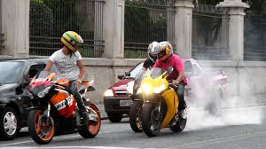 cbr bike photos honda cbr 1000rr burnout s1000rr u0026 hayabusa wheelie cbr vs 650f