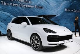 2018 porsche cayenne turbo revealed at frankfurt motor show