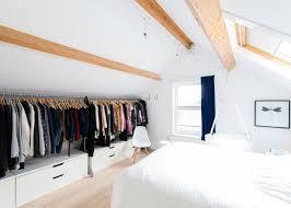 chambre parentale sous comble déco chambre 17 chambres parentales avec dressing les combles