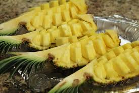 fruit displays how to cut a pineapple fruit display easily in 6 min by rockin