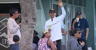 Vacation Obama Duty Still Calls For President Obama During Hawaii Vacations
