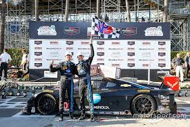 race to win corvette racing at second overall win for wayne
